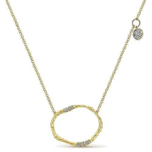yellow gold circular diamond pendant