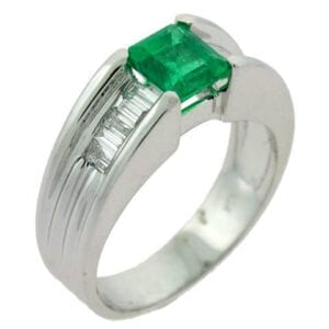 18kt white gold colombian emerald diamond ring